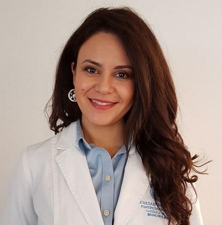 Dra. María Paola Arellano M.