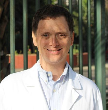 Dr. Arturo Borzutzky S.