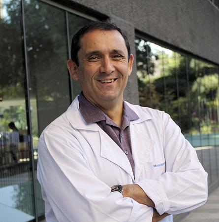 Dr. Mauricio Cuello F.