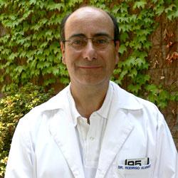 Dr. Rodrigo Álvarez N.