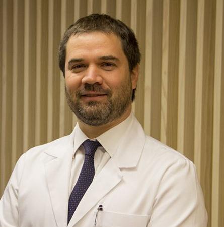 Dr. Nicolás Droppelmann