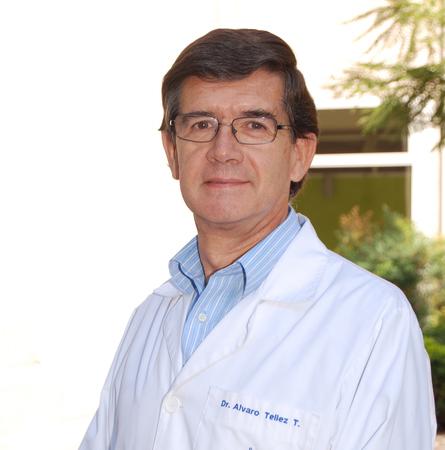 Dr. Álvaro Téllez T.