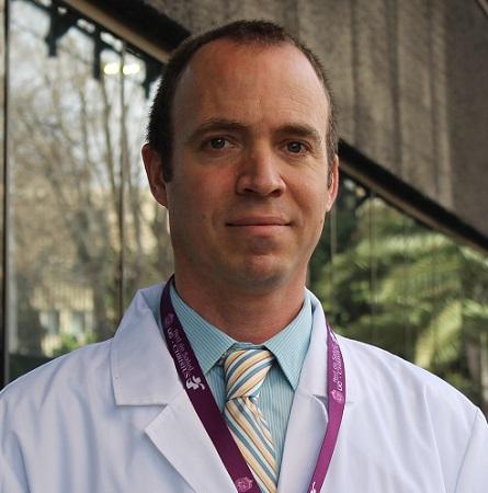 Dr. Patricio Valle M.