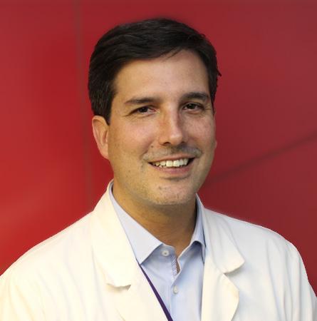 Dr. Eduardo Viñuela F.