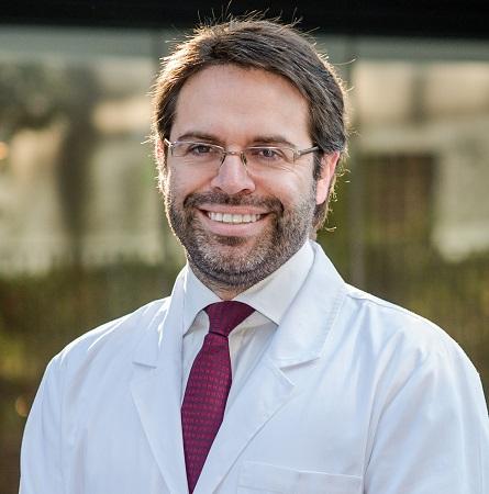 Dr. Felipe Rossel T.