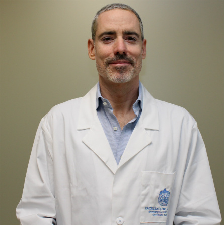 Dr. Héctor Lacassie Q.