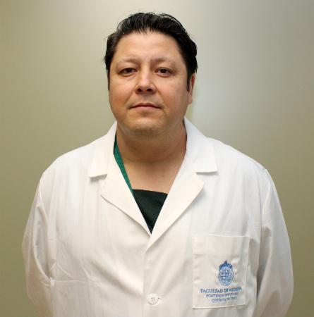 Dr. Mauricio Ibacache F.