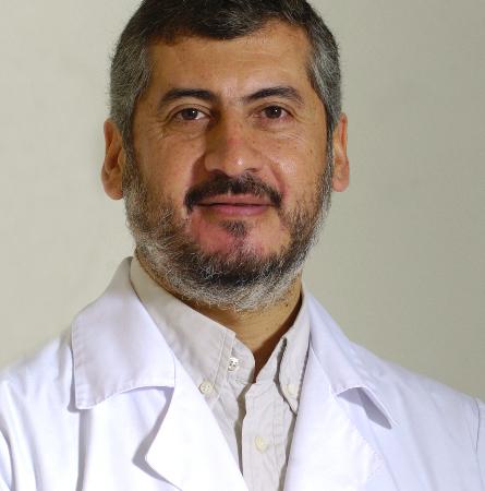 Dr. Emilio Aillach B.