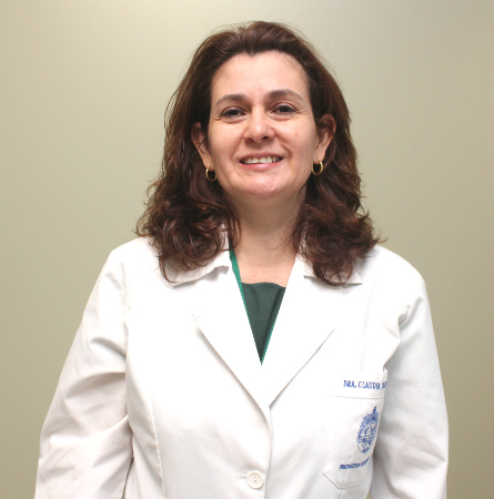 Dra. Claudia Carvajal F.