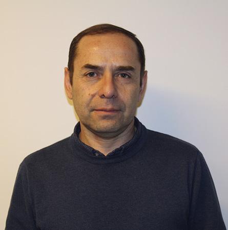 Dr. Víctor Cortés M.