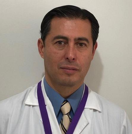 Dr. Alberto Estay N.