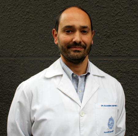 Dr. Alejandro Martínez A.
