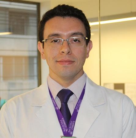 Dr. Lisandro Stuardo T.