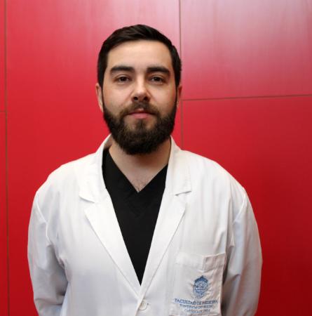 Dr. Rodrigo Santibañez M.