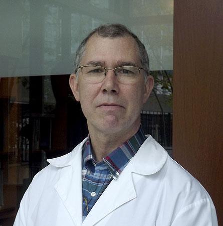 Dr. Andrés Navarrete