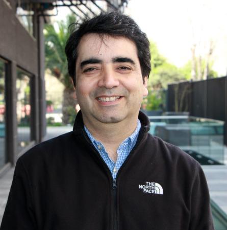 Dr. Fernando Poblete A.