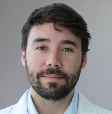 Dr. Julián Varas C.