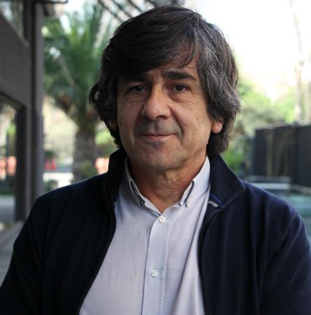 Dr. Luis Villarroel D.