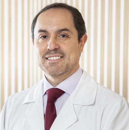 Dr. Cristián Salgado A.