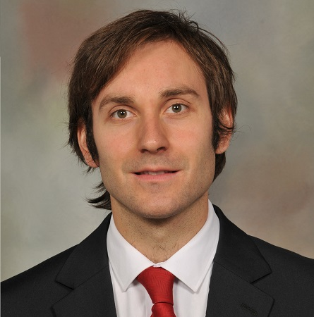Dr. Cristian Navarrete D.