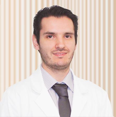 Dr. Álvaro Morgado A.
