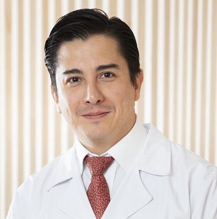 Dr. Gonzalo Varas M.