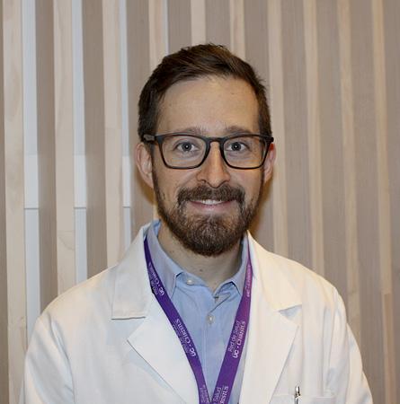 Dr. Alejandro Majerson G.