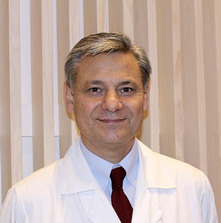Dr. Cristián Trucco B.
