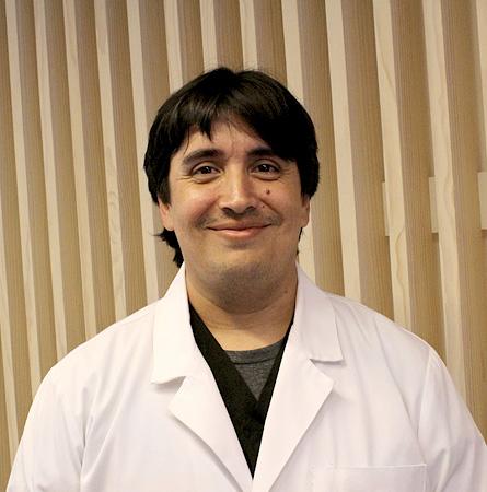 Dr. Sebastian Bravo M.
