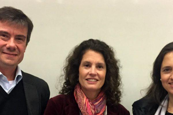 El Dr. Klaus Püschel, la Dra. Margozzini y Dra. Andrea Neumann del Minsal