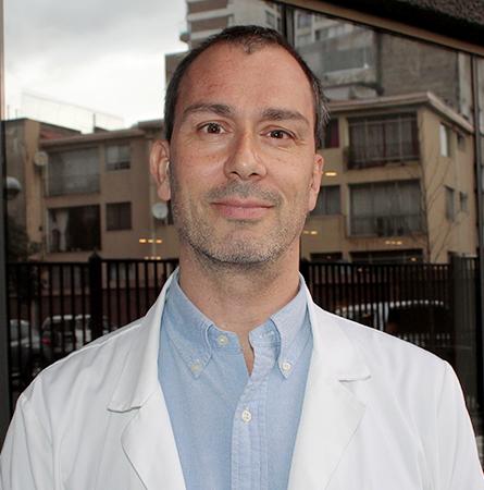 Dr. Gabriel Arancibia A.