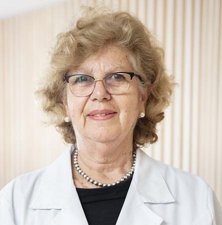 Dra. Verónica Azócar G.
