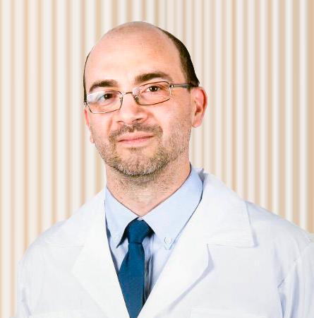 Dr. Luis Peña G.