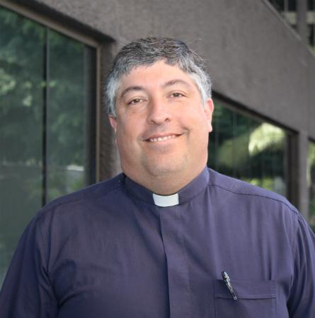 Padre Cristián Borgoño B.