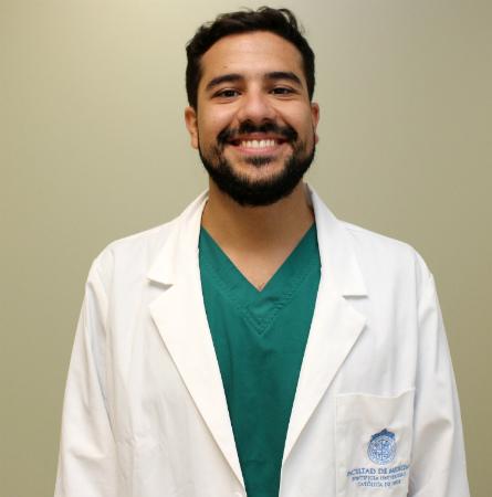Dr. Maximiliano Zamora H.
