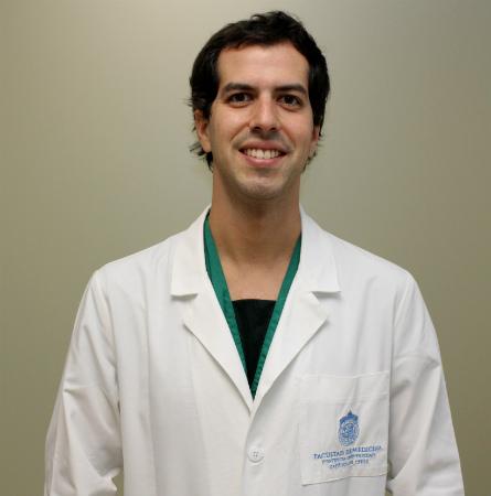 Dr. Francisco Cruzat