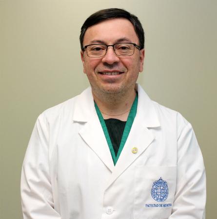 Dr. Ricardo Fuentes H.