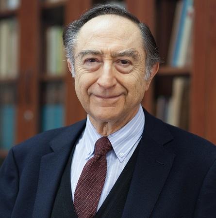 Dr. Luis Flores H.