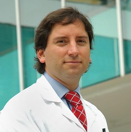 Dr. Felipe Bellolio R.