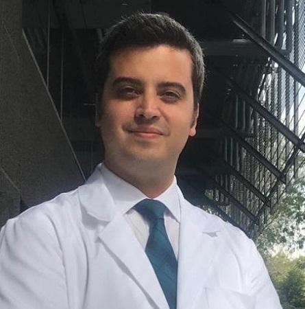 Dr. Martín Dib M.