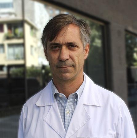 Dr. Juan Carlos Casar L.