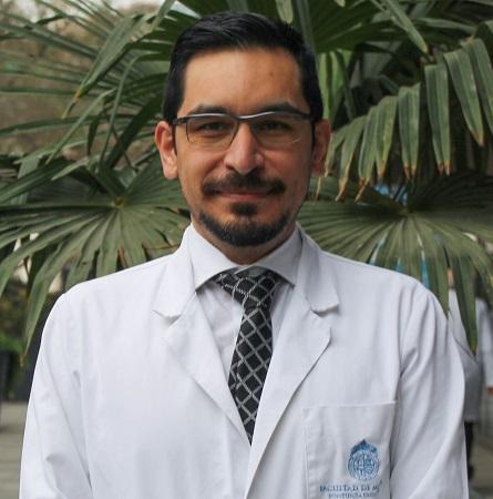 Dr. Pablo Cabello E.